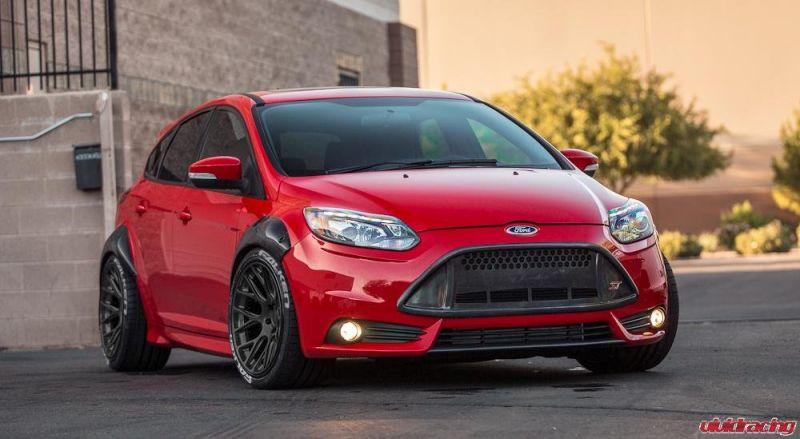 Ford Focus St Lekker Breed Bandenspotter