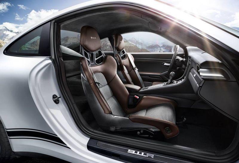 Porsche 911 r promo interieur bandenspotter for Interieur 911